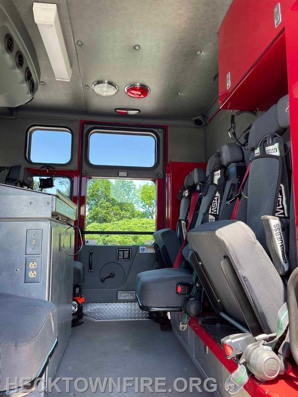 Cab Seating for 7 Total all with SCBA Seats